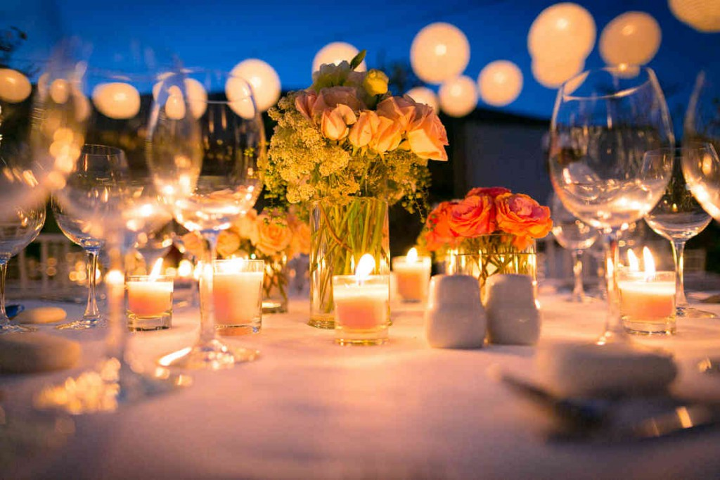 Different Dinner Party Ideas Part - 26: Holiday Themed Wedding Party