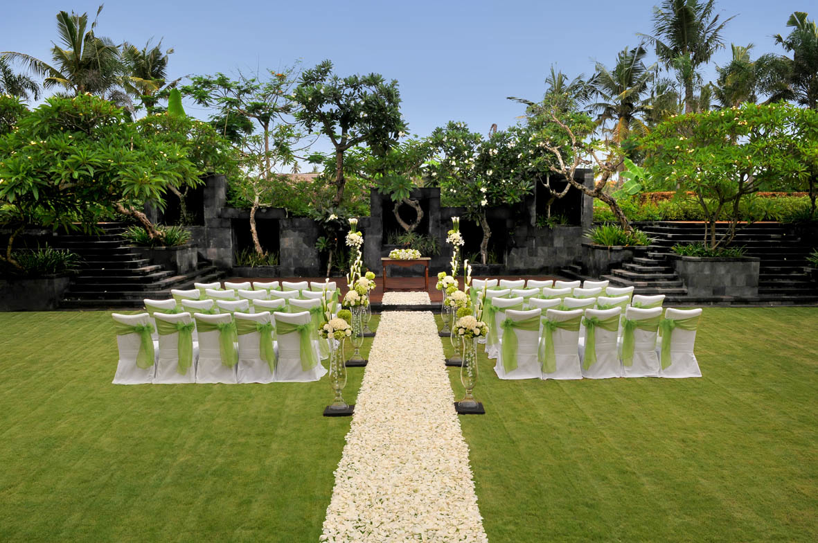 Garden-wedding-venue