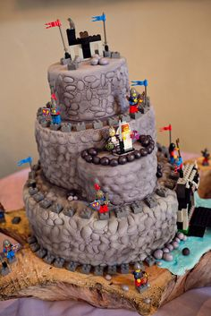 Medieval theme wedding cake