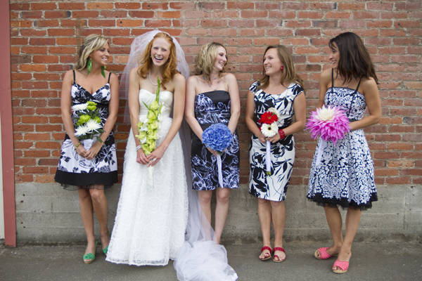 Non-Uniform bridesmaids - A2zWeddingCards