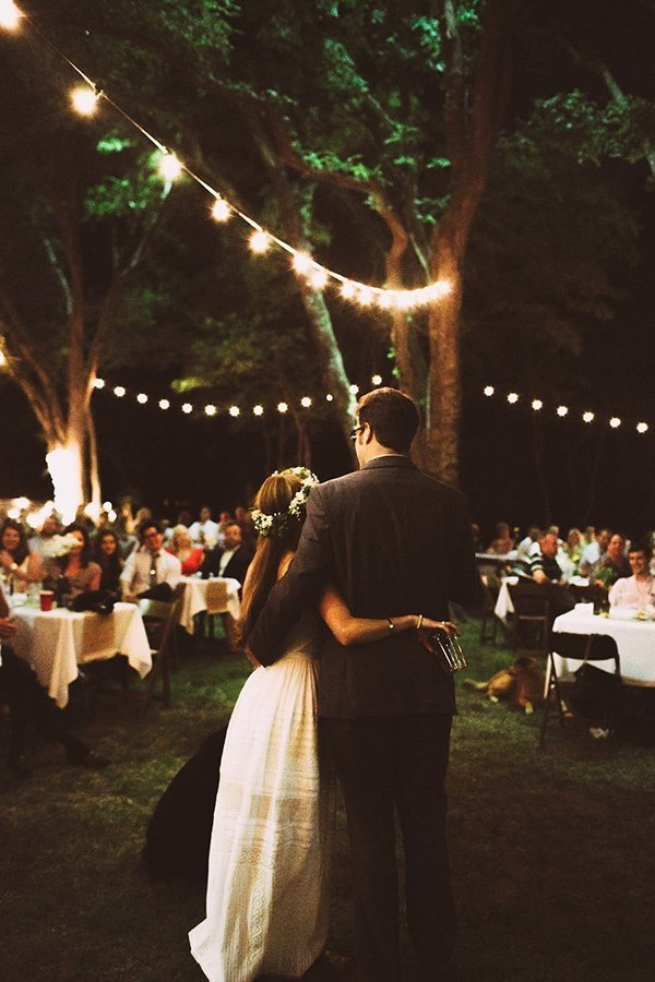Backyard Wedding Ideas That Reflects That Home Is The Perfect - Cheap backyard wedding ideas