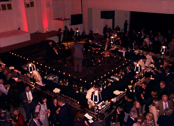 Music-At-Wedding-Cocktail-Bar-Guide-A2zWeddingCards