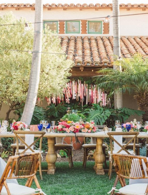 Spanish-Style-Wedding-Flower-Vases-A2zWeddingCards