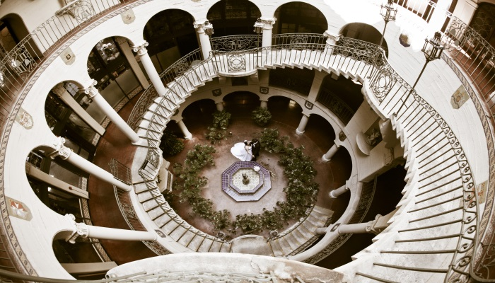 Spanish-Style-Wedding-Ideas-A2zWeddingCards