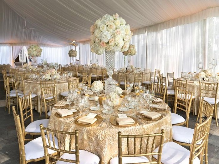 9 hottest wedding trends to welcome in 2018 metallic shade are in junglespirit Choice Image