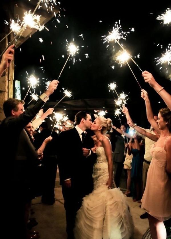 eye-popping-wedding-photo-ideas-5-A2zWeddingCards