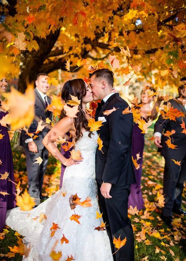 fall-wedding-photo-inspiration-6-A2zWeddingCards