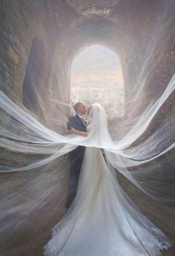 incredible-veiled-wedding-photos-of-couples-9-A2zWeddingCards