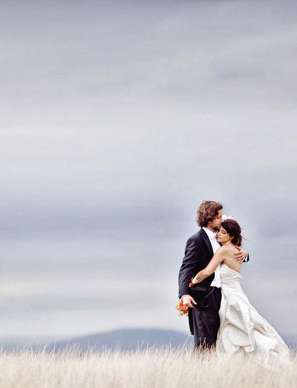incredible-wedding-photos-of-couples-10-A2zWeddingCards